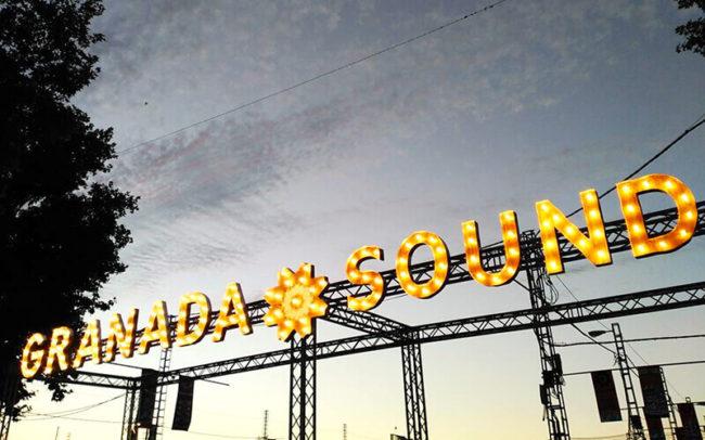 Marquee letters con bombillas para Granada Sound