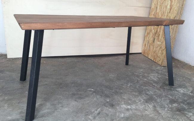 Mesa de madera de 5 cm de grosor